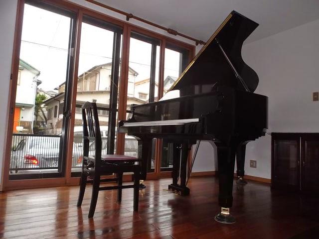ピアノと声楽の防音ルーム